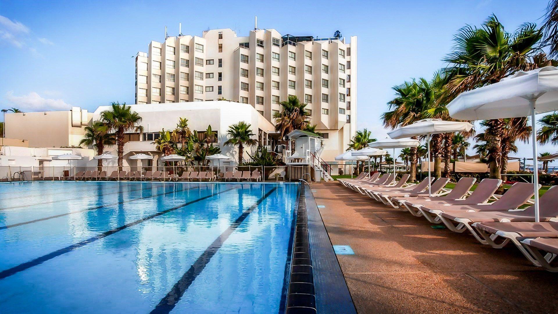מלון חוף התמרים מלון בעכו על הים